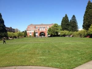 Photo by Megan Parker Ready for campus to look like this? Summer students get to enjoy the best of Portland weather.
